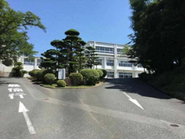 小学校 【厚南小学校】徒歩9分(約700m)