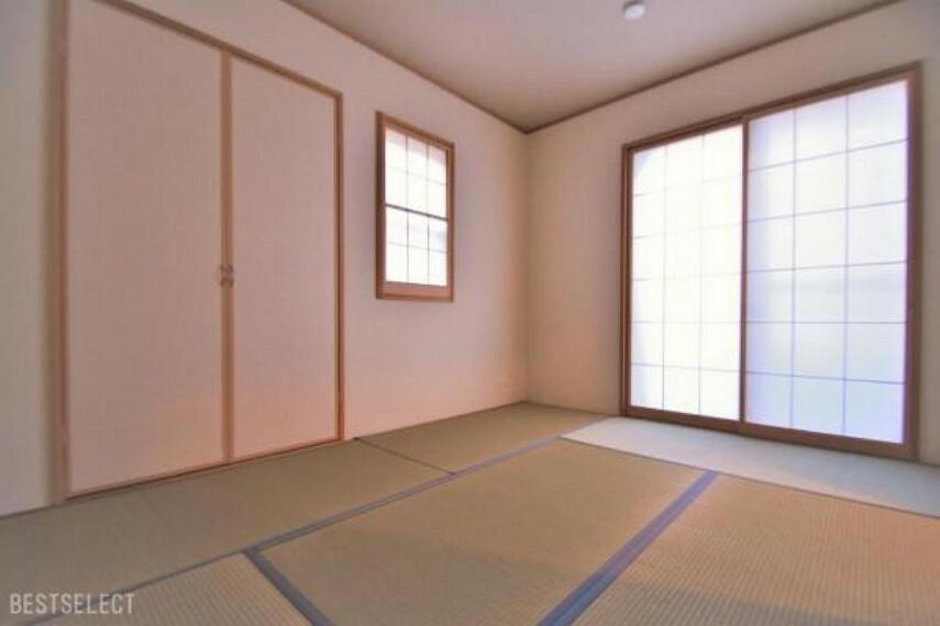 独立した和室は来客用の客間としても利用がしやすいですね:和室約6.0帖