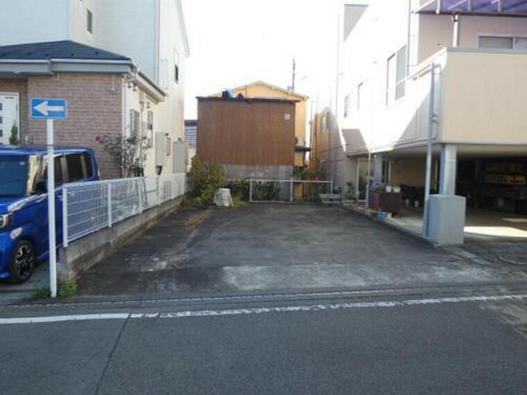 現況写真 小田急線「伊勢原」駅より徒歩圏内の売地のご紹介です。