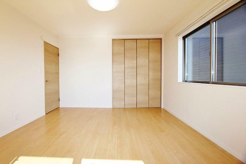 洋室 2階南側8帖の洋室です。