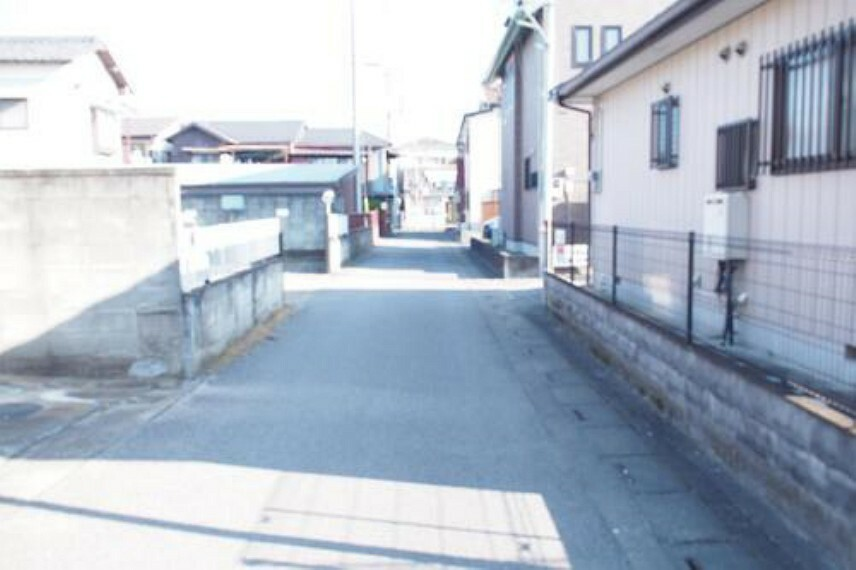 現況写真 東武伊勢崎・大師線「羽生」駅徒歩約5分の立地で、通勤・通学にも大変便利です。