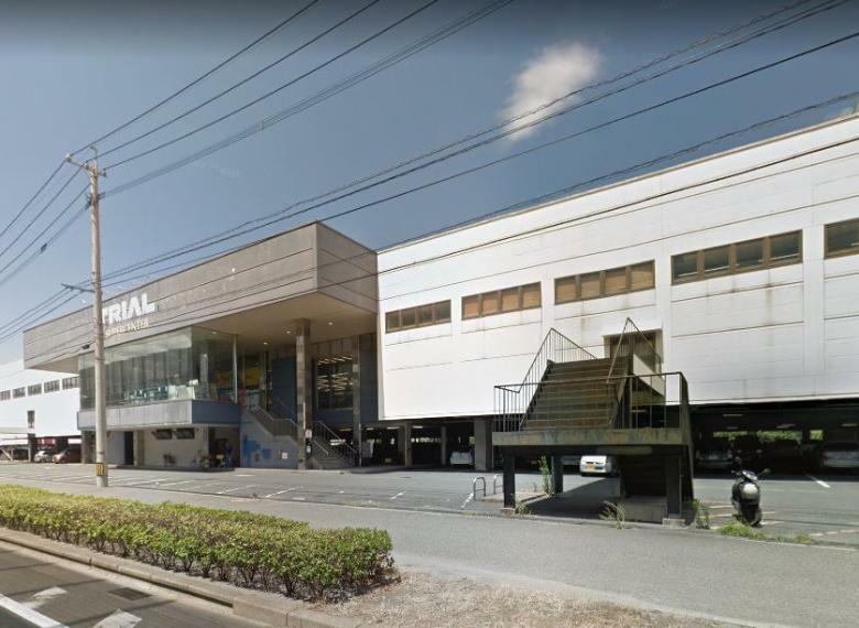 スーパー スーパーセンタートライアル西港店