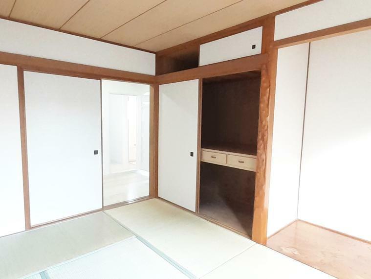 和室 床の間と押入れがあるので客間に最適