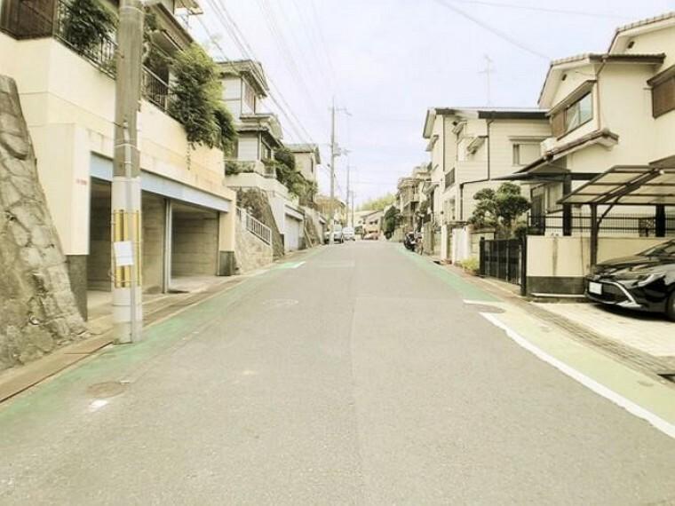 外観写真 前面道路