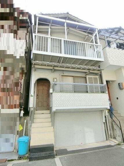 外観写真 構造:鉄筋コンクリート・木造瓦葺3階建 建築年月:昭和53年3月20日 建築