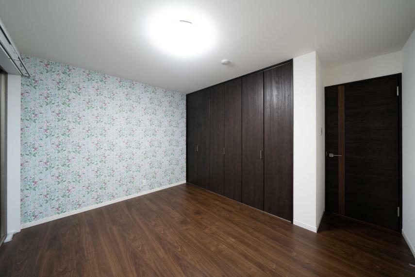 洋室 1階北洋室