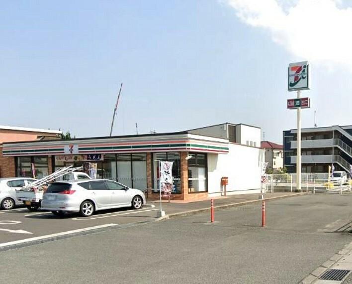 コンビニ 【コンビニエンスストア】セブンイレブン久留米津福バイパス店まで686m
