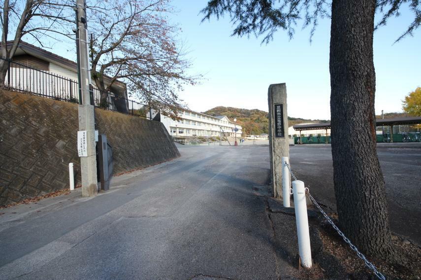 中学校 足利市立毛野中学校 人数の多い中学校です!