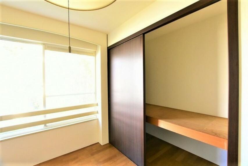 収納 使い勝手の良い収納付でお部屋を広く使えます。