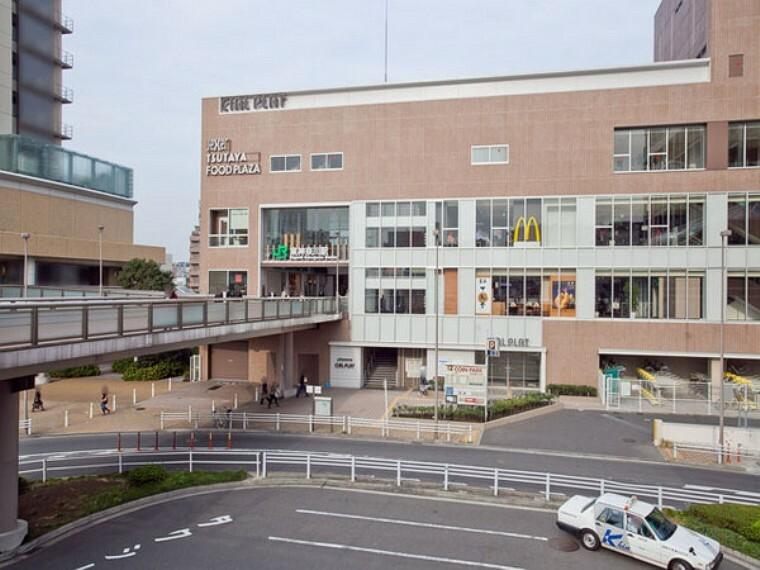 東神奈川駅(JR 京浜東北線)