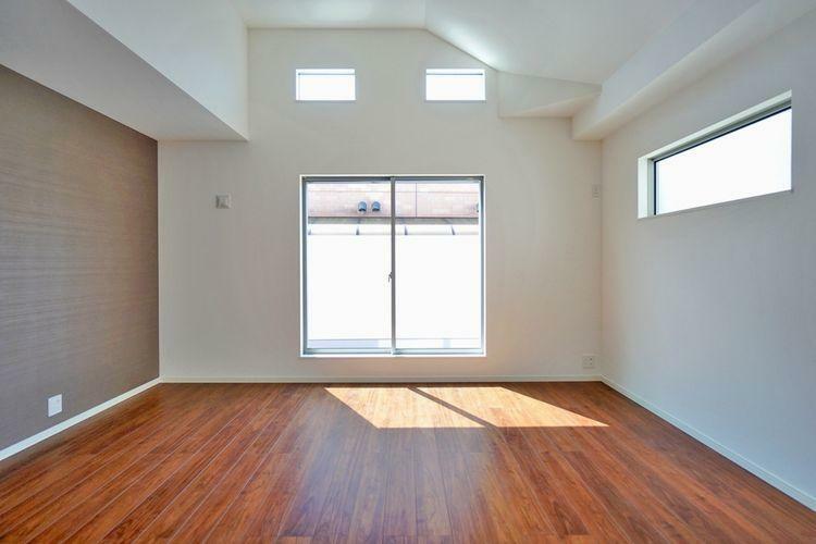 居間・リビング 開放的なリビングは家族の笑顔があふれる、明るく楽しい、そして居心地の良い癒しの空間になるはずです。