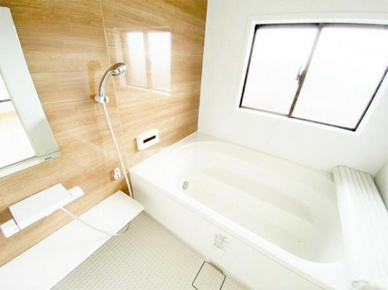 浴室 自動追い焚き機能でいつでも快適なバスタイムを