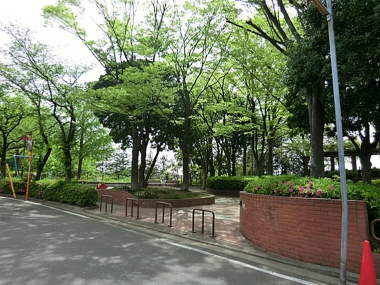 公園 たちばな台公園 距離約60m