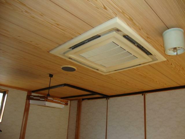 冷暖房・空調設備 2階のビルトインエアコン