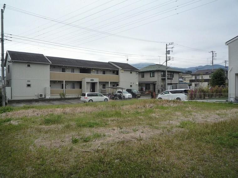 現況写真 土地面積は約100坪。理想のお住まいをご建築頂けます。