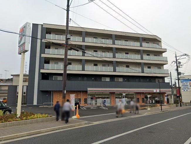 コンビニ セブンイレブン向日東田中瀬店