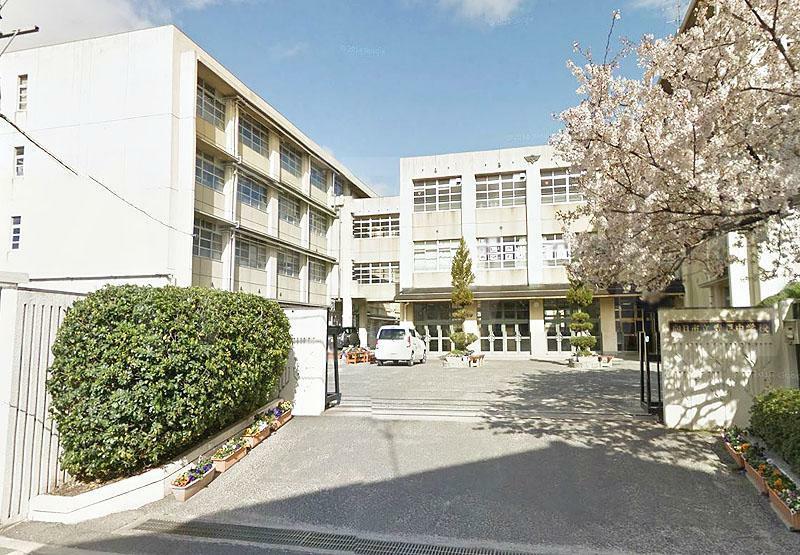 中学校 向日市立寺戸中学校