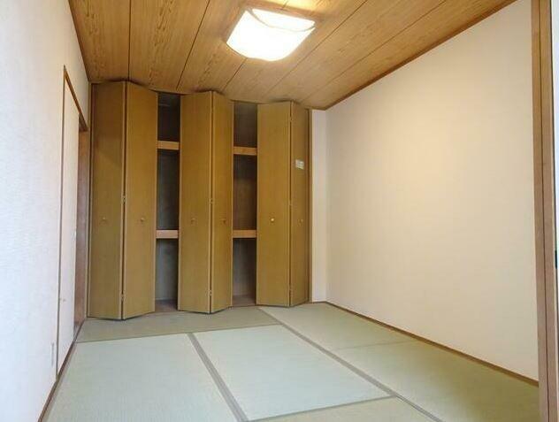 和室 和室の醸し出す空間は、不思議と心が落ち着きます。