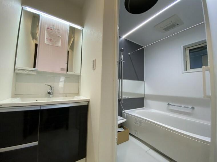 洗面室 panasonicの洗面室とお風呂