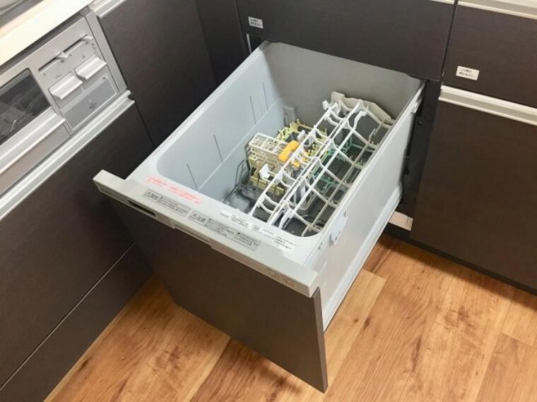 キッチン 食洗機がついております。