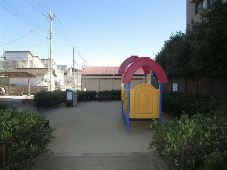 専用部・室内写真 ■マンション内には公園があります!■