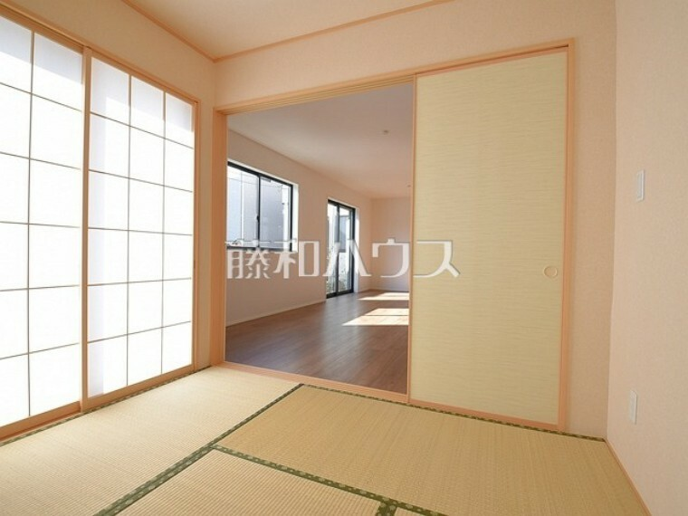 1号棟  独立した和室は、客間としてもご利用可能。  【武蔵野市八幡町3丁目】