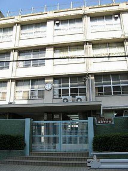 中学校 【中学校】大阪市立梅南中学校まで241m
