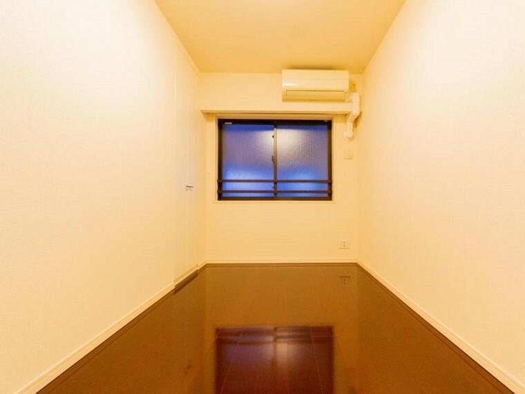 子供部屋 スクエアな空間は家具の配置もしやすく自分らしさを演出できます。
