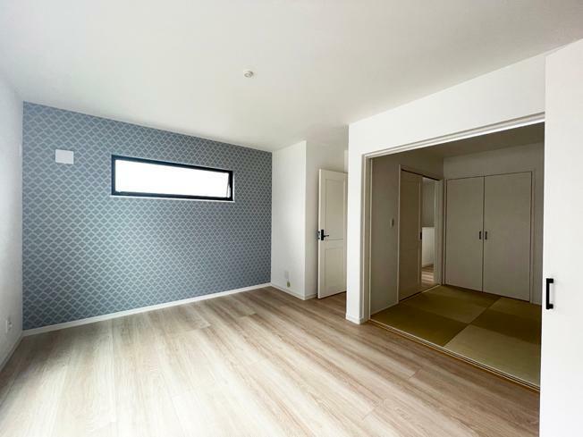 洋室 No.4【モデルハウス】 洋室+和室写真 お子さまが小さい時はベッドルームとしても利用できる和室です。