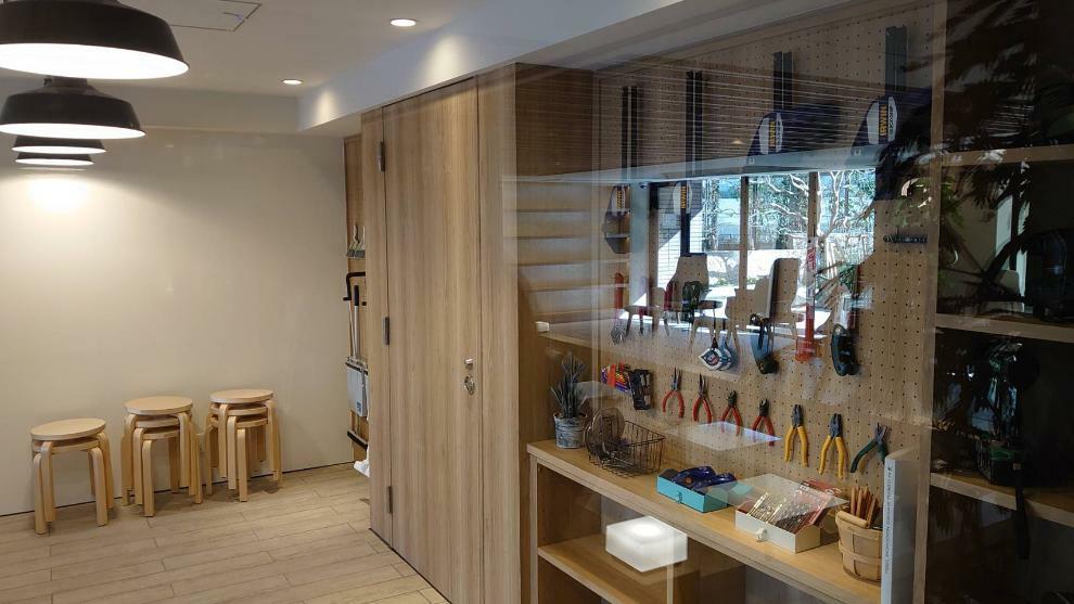 DIYゾーン オーナーのプライベートを大切にする空間としてDIYコーナーが1階に設置されています。共用部もパーソナルな空間として利用できるため、家族・友人を招いて工作活動も楽しめます。