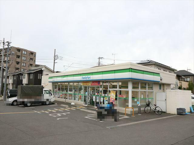 コンビニ ファミリーマートふじみ野二丁目店