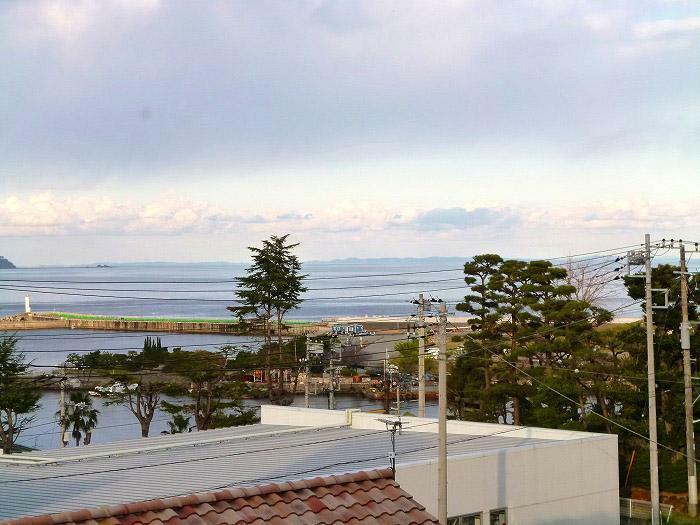 現況写真 水平線、真鶴半島、打上花火が望めます!
