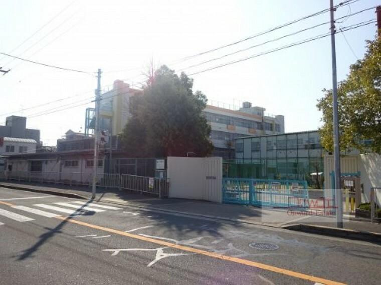 小学校 【小学校】守口市立八雲小学校まで500m