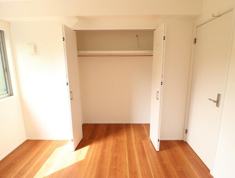 収納 全居室収納完備!住空間がスッキリ片付き、居住スペースを有効活用できます。納戸は収納スペースとしてはもちろん、居室としてもご利用いただけます!