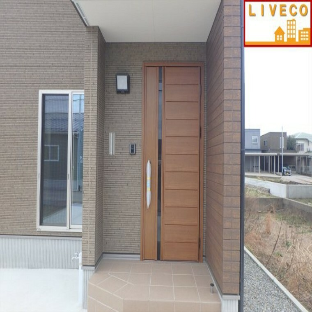 玄関 TVモニター付きインターホンでセキュリティ面も安心です。