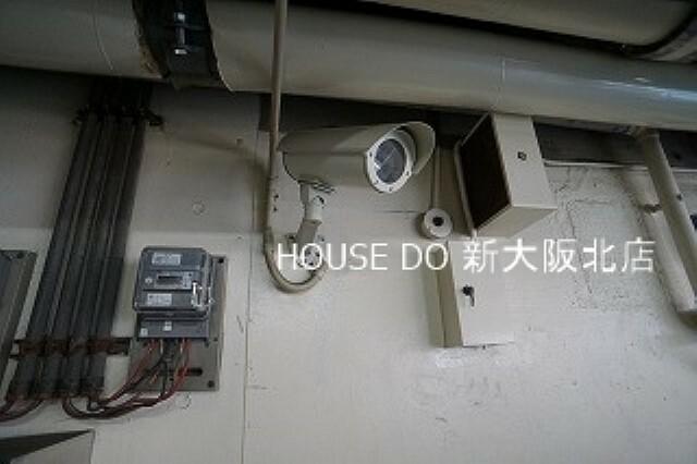 防犯設備 ■マンションの敷地内には防犯カメラが設置されているので、セキュリティー面でも安心です! ■こちらの物件が気になる方はお気に入り登録も忘れずに!