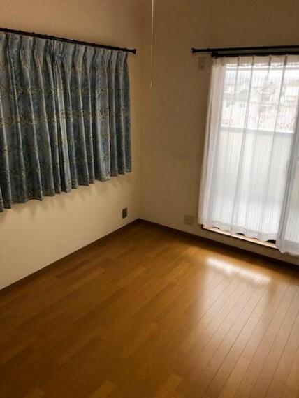 収納 ロフトのほかにも納戸が付いているので収納力もさらにアップ!お部屋としてもお使いいただけます。