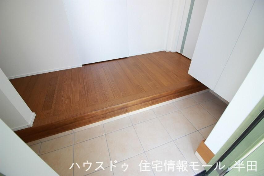 玄関 散らかりがちな玄関もシューズインクローゼットがあればスッキリ片付きます