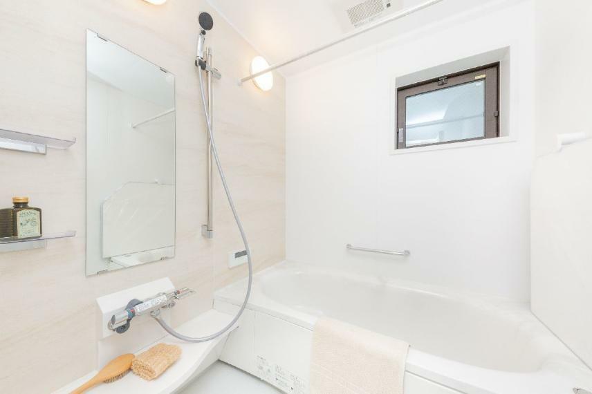同仕様写真(内観) 浴室/施工例