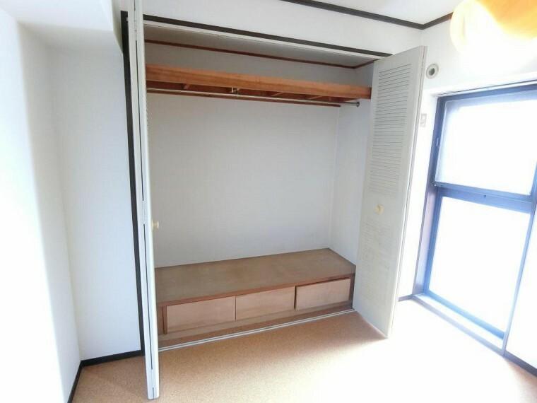 寝室 寝室 洋室 収納
