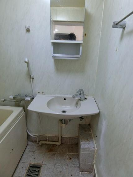 洗面化粧台 洗面台です。