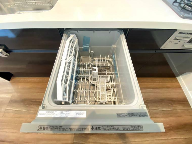 食洗機付きです ボタン一つで面倒な洗い物もラクラク洗浄