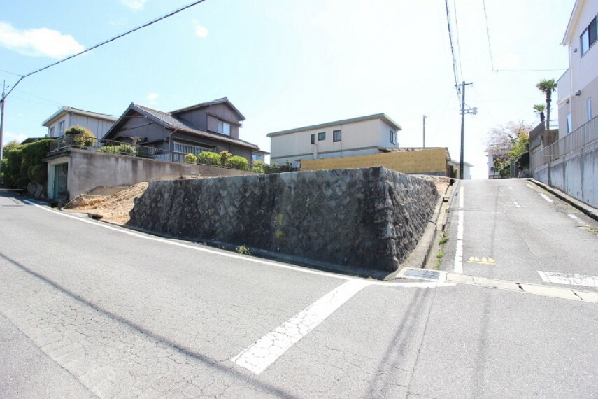 外観・現況 東部中学校  徒歩6分(約450m)