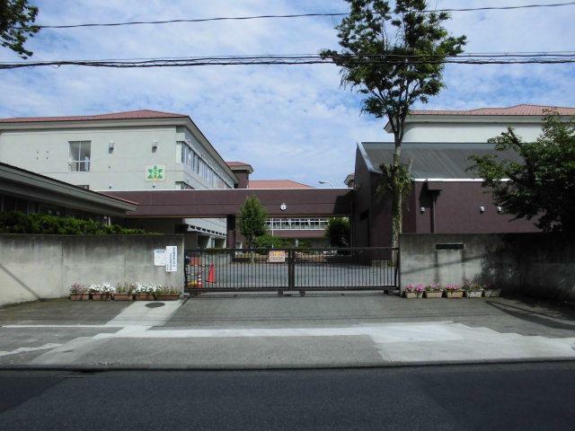 小学校 足利市立けやき小学校 市役所や大日、足利学校にも近い小学校です