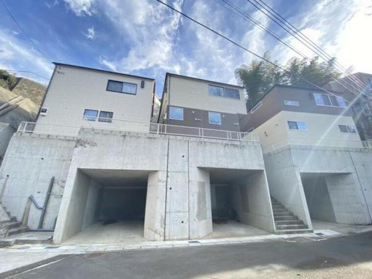 現況外観写真 閑静な住宅地にある新築分譲住宅です。