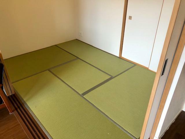 和室 LDKに面した和室4.5畳!押入収納付!