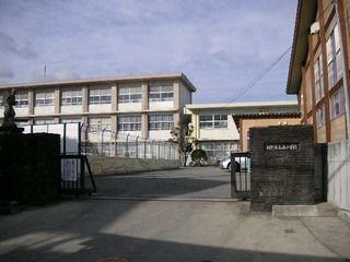 小学校 裾野市立西小学校