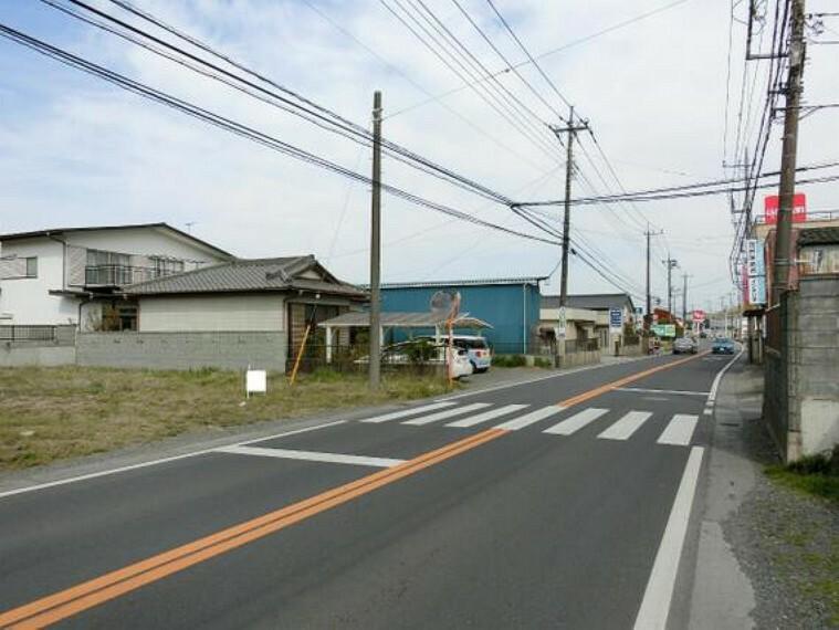 現況写真 前面道路は幅員約7mございます。