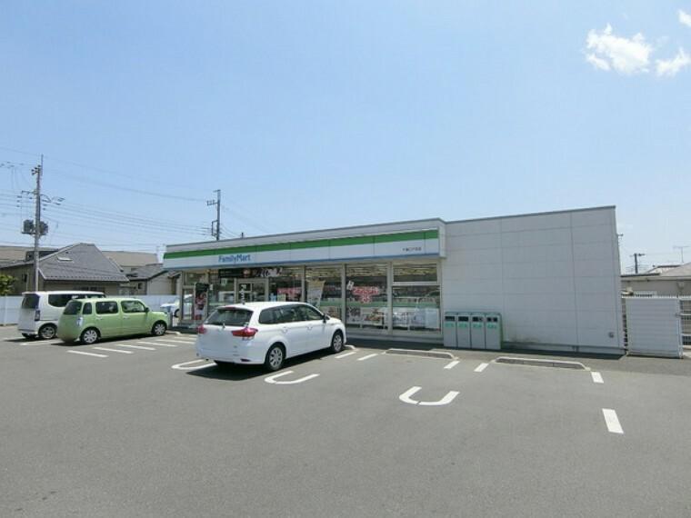 コンビニ ファミリーマート千葉仁戸名店