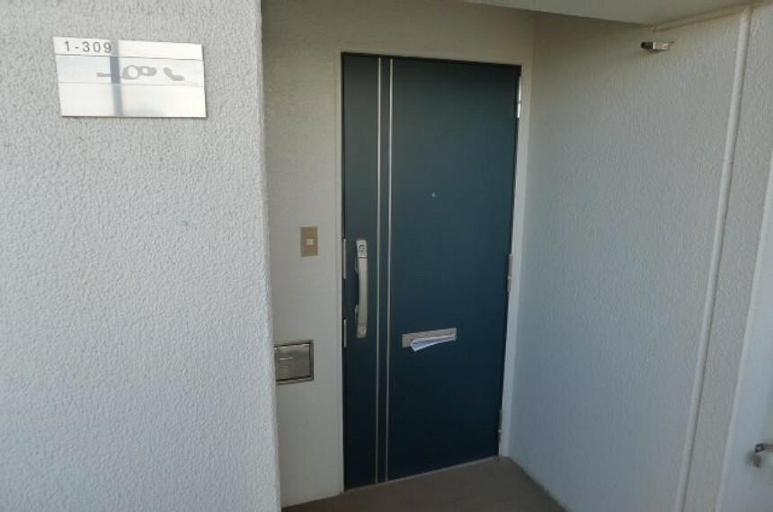 玄関 玄関ドア(外側)